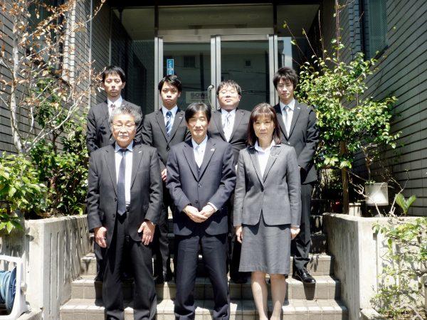 平成29年度入社式 外で撮影変更